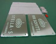 ガラス色 ステンレス板 ONP-006 2層パネルタイプオリジナル表札 株式会社管理バンク様
